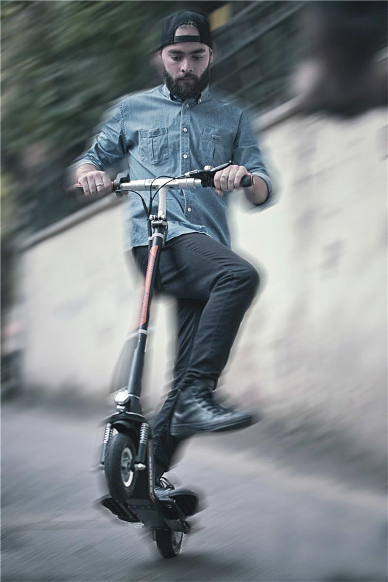 scooter elettrici per gli adulti in vendita