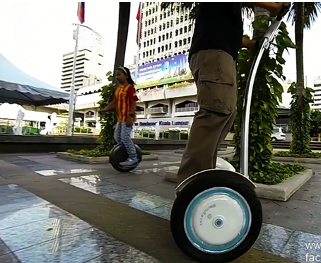 The Airwheel S3 is a self-balancing electric scooter with many features including wide standing platform, control shaft and build-in Bluetooth. It's not only fun but environmental friendly, and can be the alternative to your bikes and even cars.