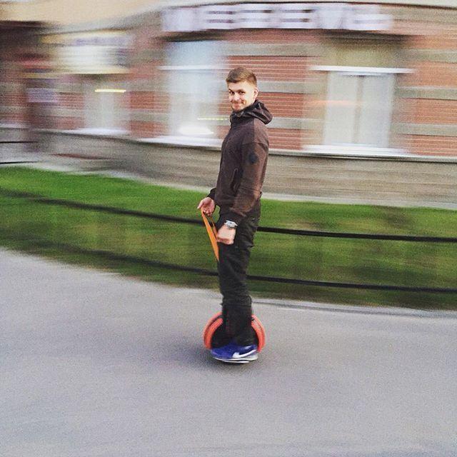 Q3 mini scooter elettrico
